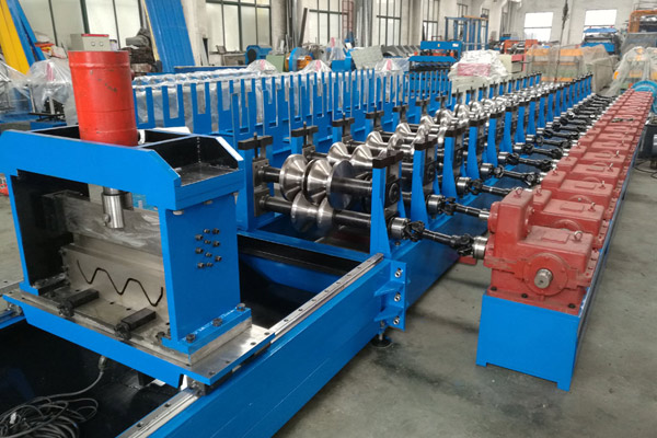 guardrail-crash-barrier-roll-forming-machine-8.jpg